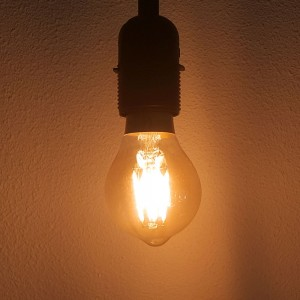 Led filament E27 bulb flame/2200K 3.5W dimbaar (A60) - SALE